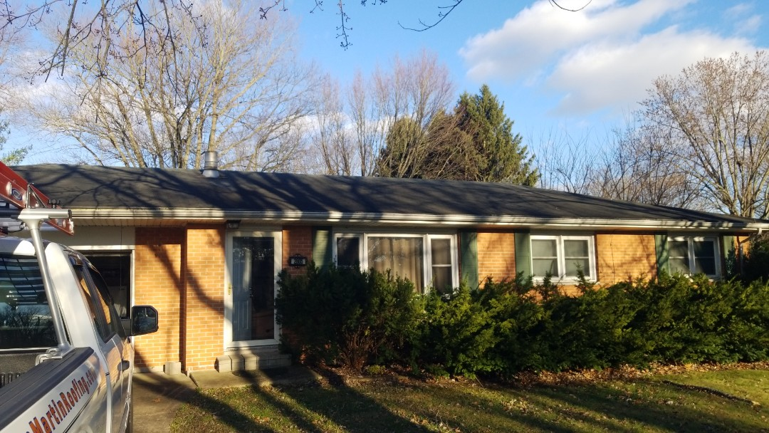 Troy, OH - Certainteed Landmark shingle roof replacement in Troy, Ohio.