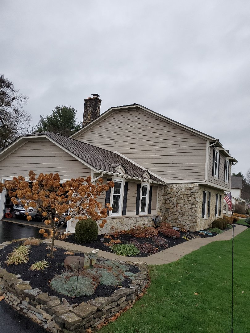 Troy, OH - Shingle roof inspection, found to be a siding leak in Troy, Ohio.