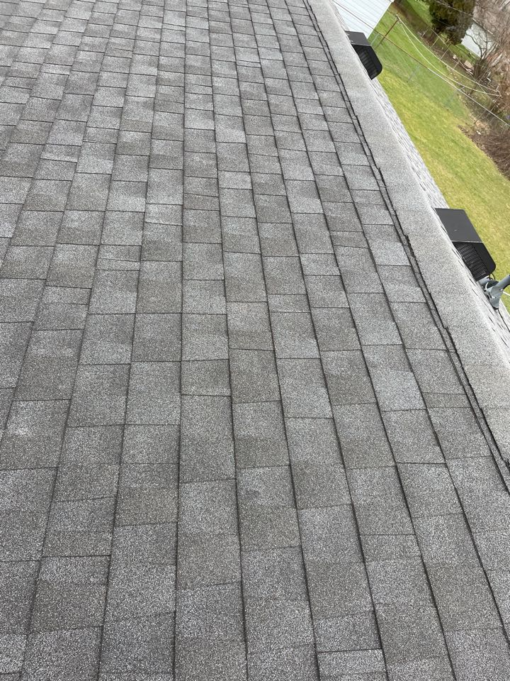 Troy, OH - Free shingle roof inspection in Troy, Ohio.