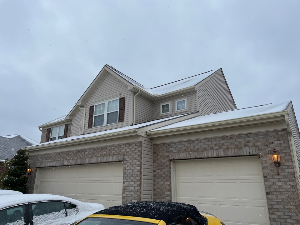 Springboro, OH - Estimate to repair/ replace damaged fascia board on home. Spring pro, OH