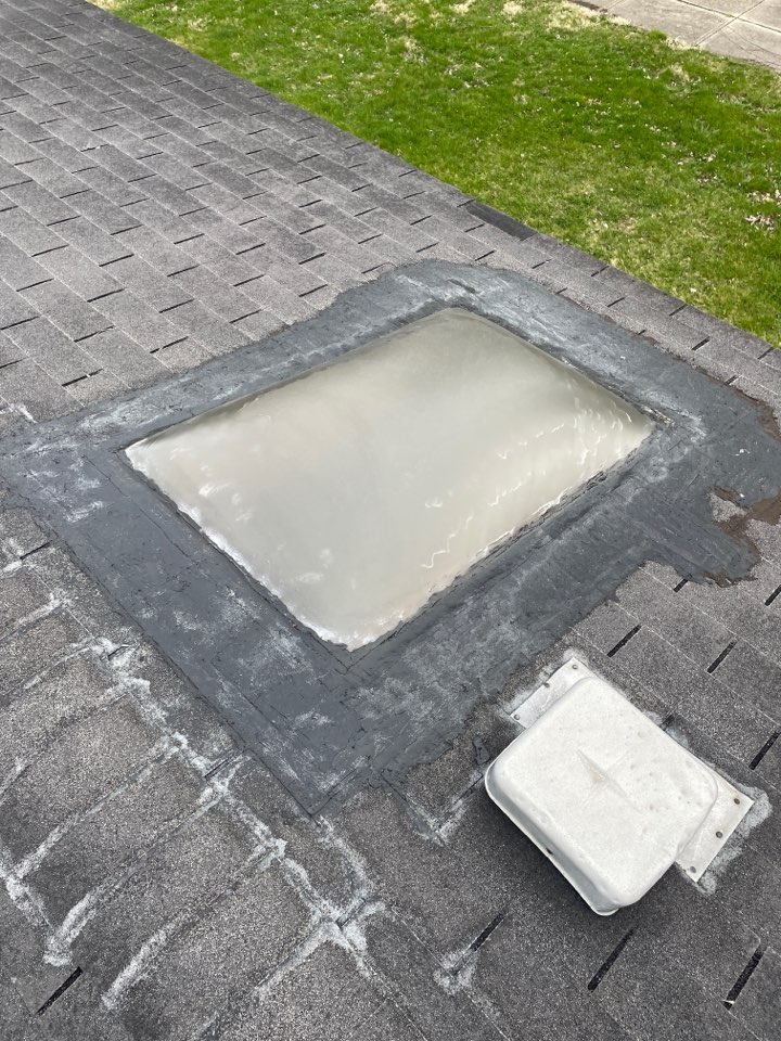 Medway, OH - Free estimate to replace leaking skylight with a new Velux skylight in Medway, Ohio.
