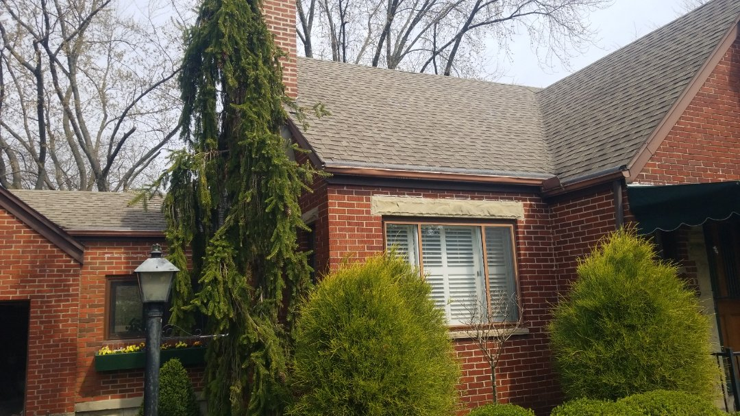 Kettering, OH - Certainteed Landmark roof replacement in Dayton, Ohio.  Storm damage