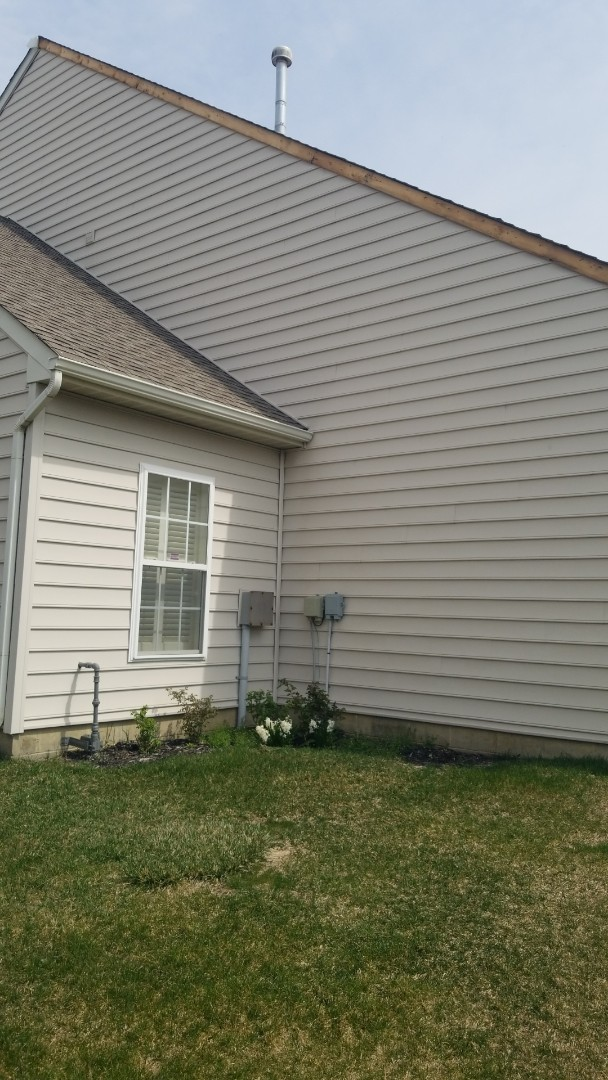 Miamisburg, OH - Storm damage siding repair in Miamisburg, Ohio