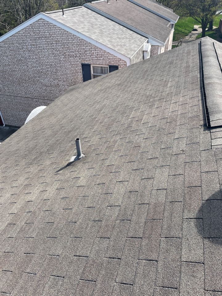 Brookville, OH - CertainTeed shingle roof replacement in Brookville, Ohio.