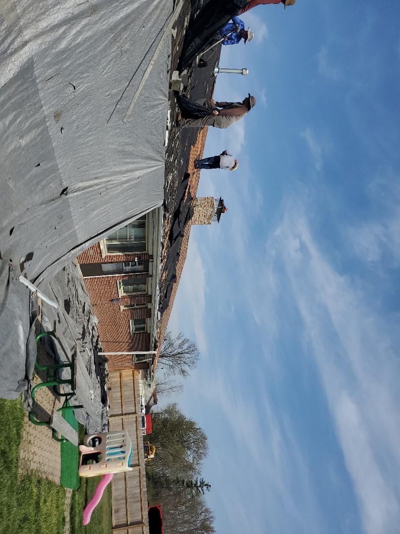 Vandalia, OH - Inspecting a CertainTeed shingle roof installation in Vandalia, Ohio.