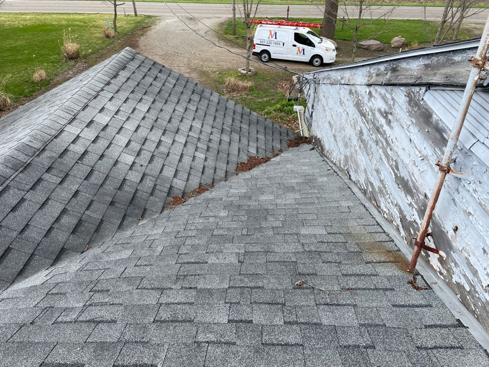 Miamisburg, OH - Free estimate for shingle roof leak repair in Miamisburg, Ohio.