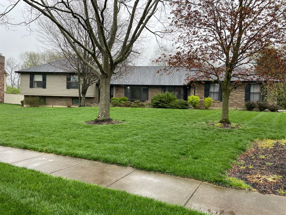 Centerville, OH - Free estimate to replace leaking gutters in Centerville, Ohio.