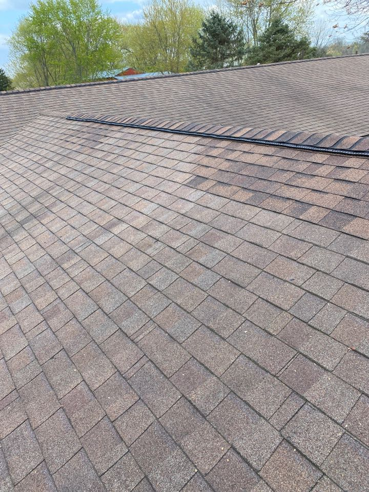 Bellbrook, OH - Cut in and install Omni roll ridge vent in Centerville, Ohio.