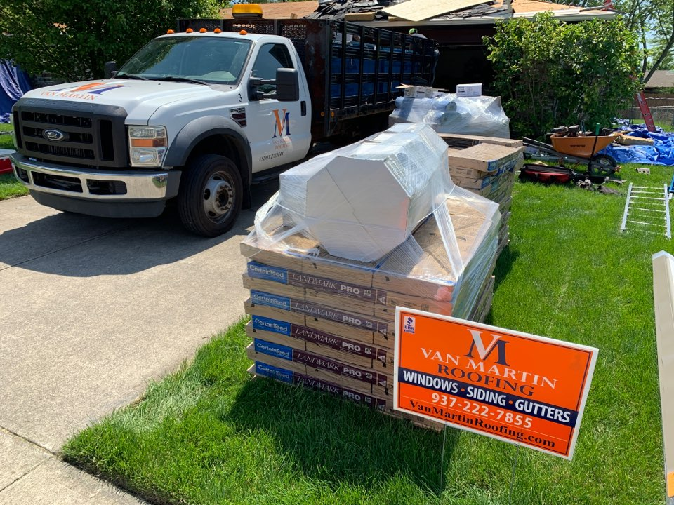 Englewood, OH - Delivering OSB to a CertainTeed shingle roof installation in Englewood, Ohio.