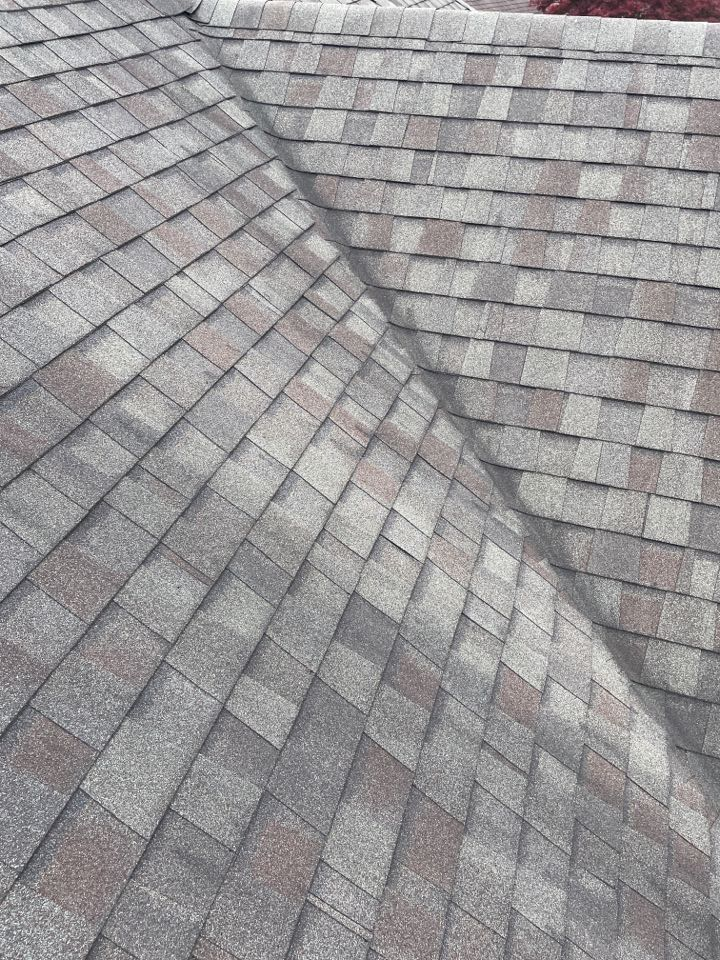 Miamisburg, OH - Free shingle roof inspection in Miamisburg, Ohio.