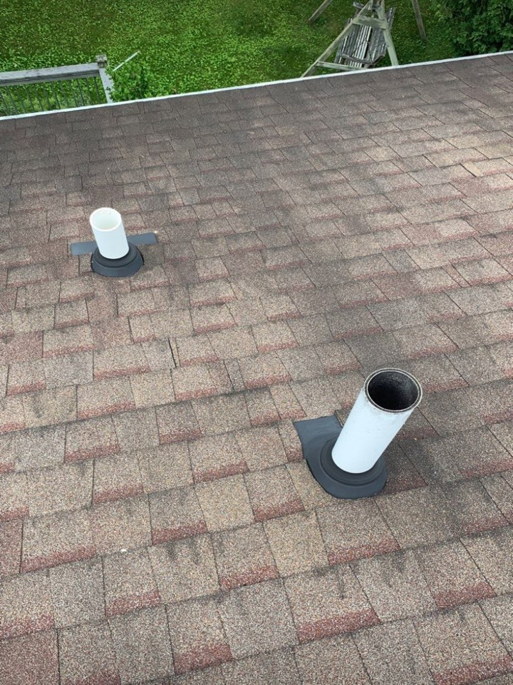 Beavercreek, OH - Free inspection and estimate for shingle roof repair in Beavercreek, Ohio.