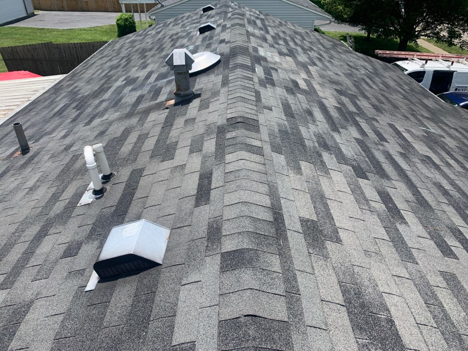 Fairborn, OH - Free estimate for a shingle roof and gutter replacement in Fairborn, Ohio.