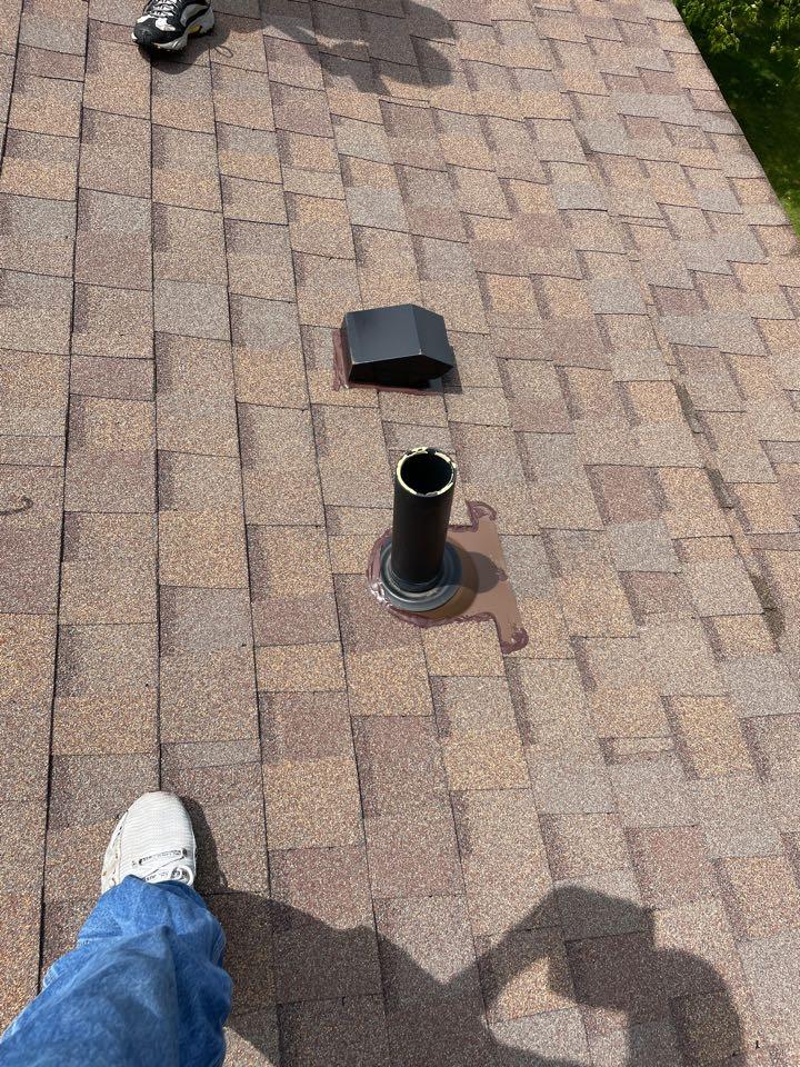 Miamisburg, OH - Vent repair in Miamisburg, Ohio.