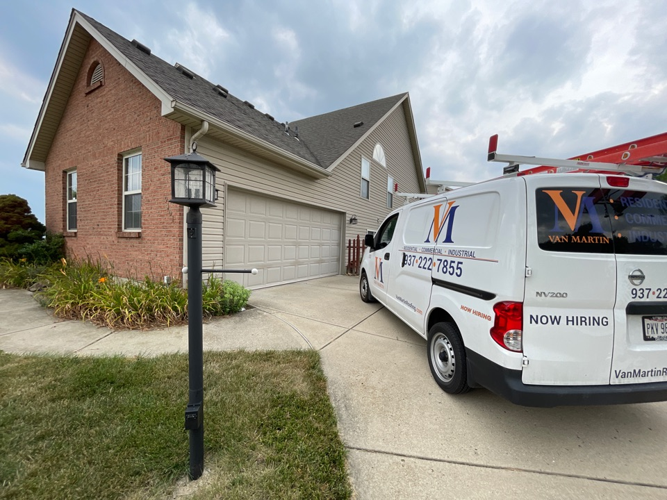 Centerville, OH - Free estimate to repair a leaking roof in Centerville, Ohio.
