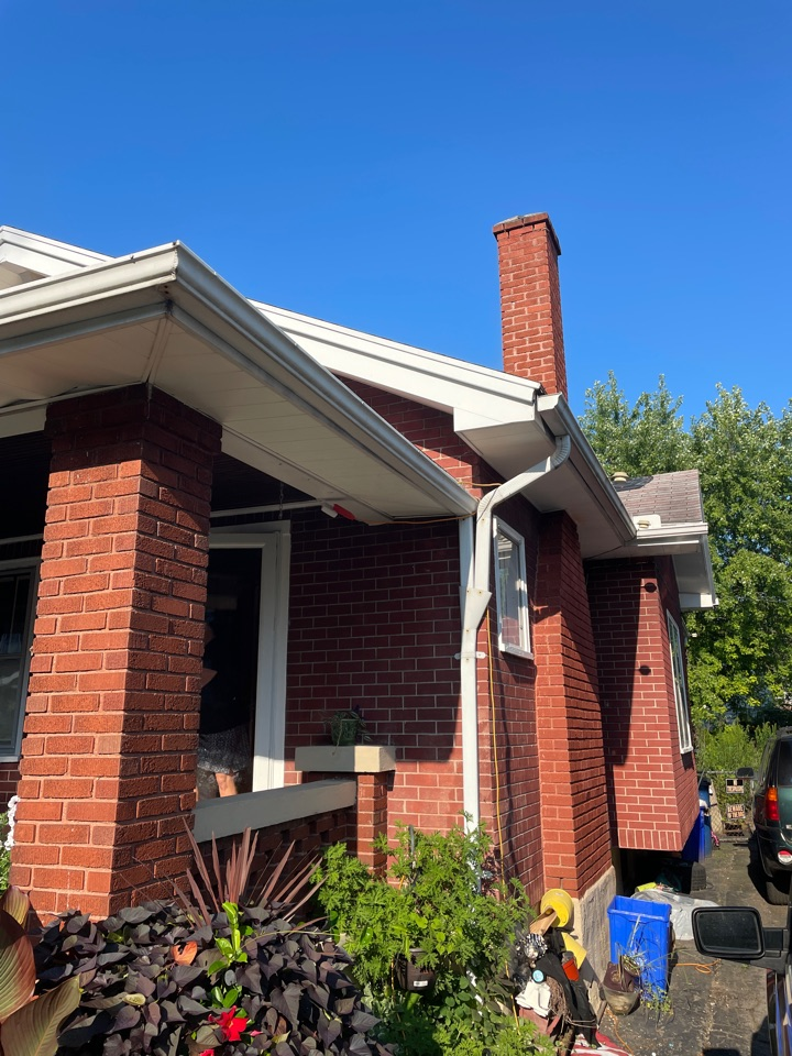 Dayton, OH - Meeting insurance adjuster reference storm damage to roof.