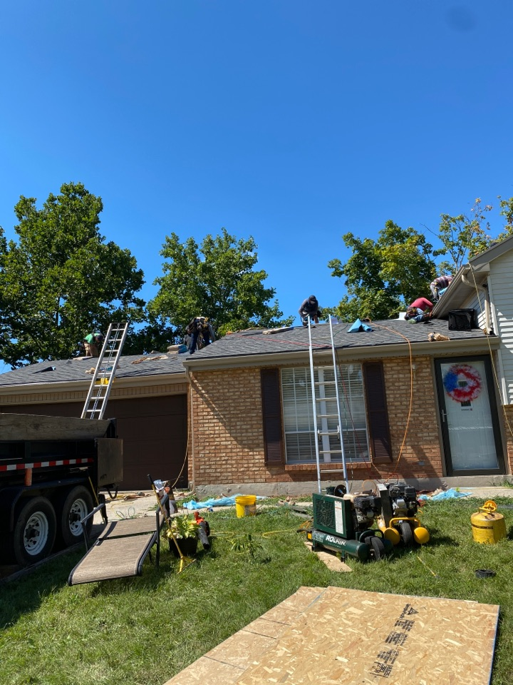 Englewood, OH - Full roof replacement using CertainTeed Landmark shingles in Englewood, Ohio.
