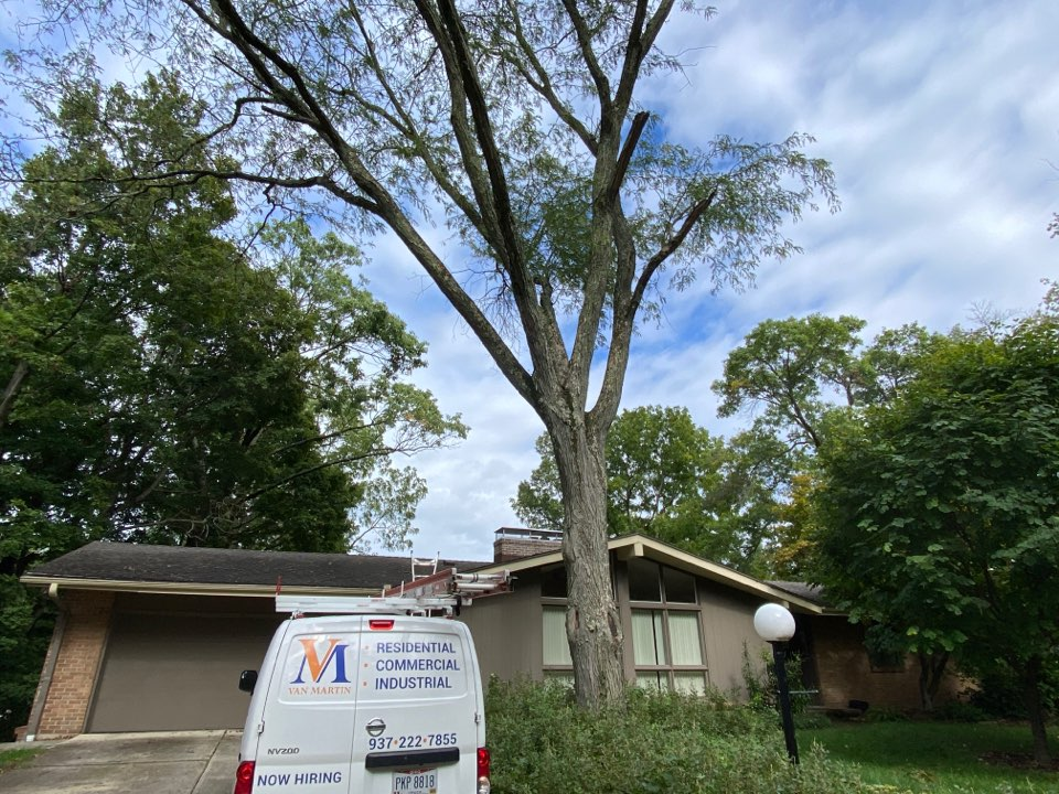 Dayton, OH - Meeting with a customer for a roof replacement in Kettering, Ohio.