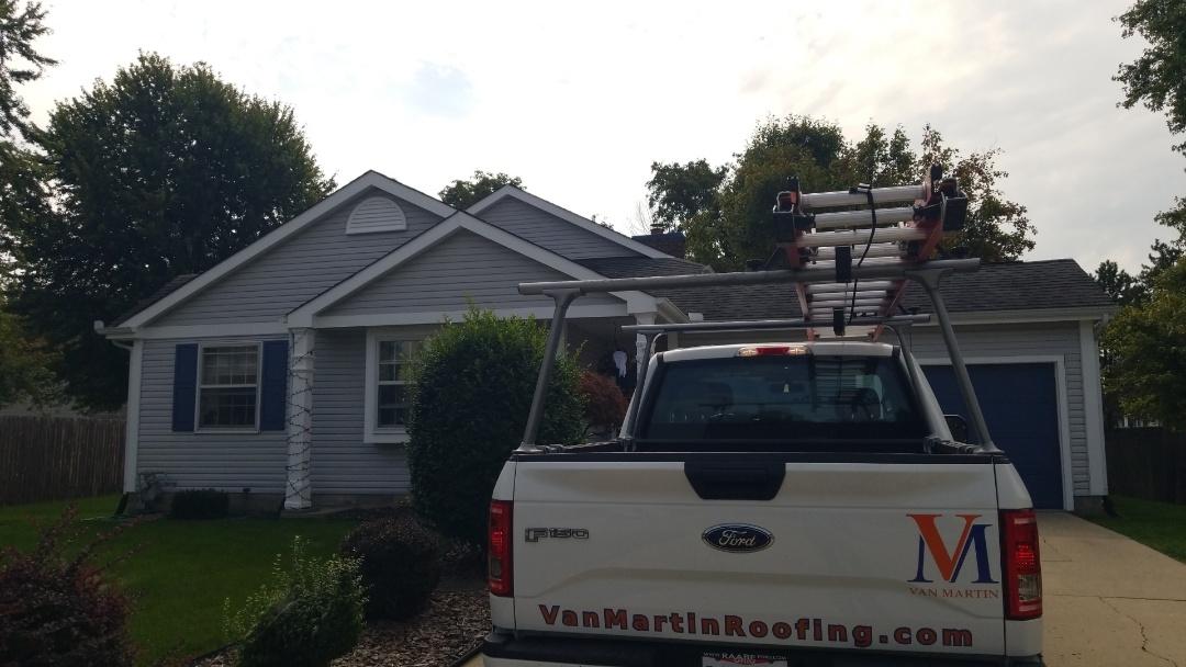 Miamisburg, OH - Roof replacement in Miamisburg, Ohio using CertainTeed Landmark Pro shingles.