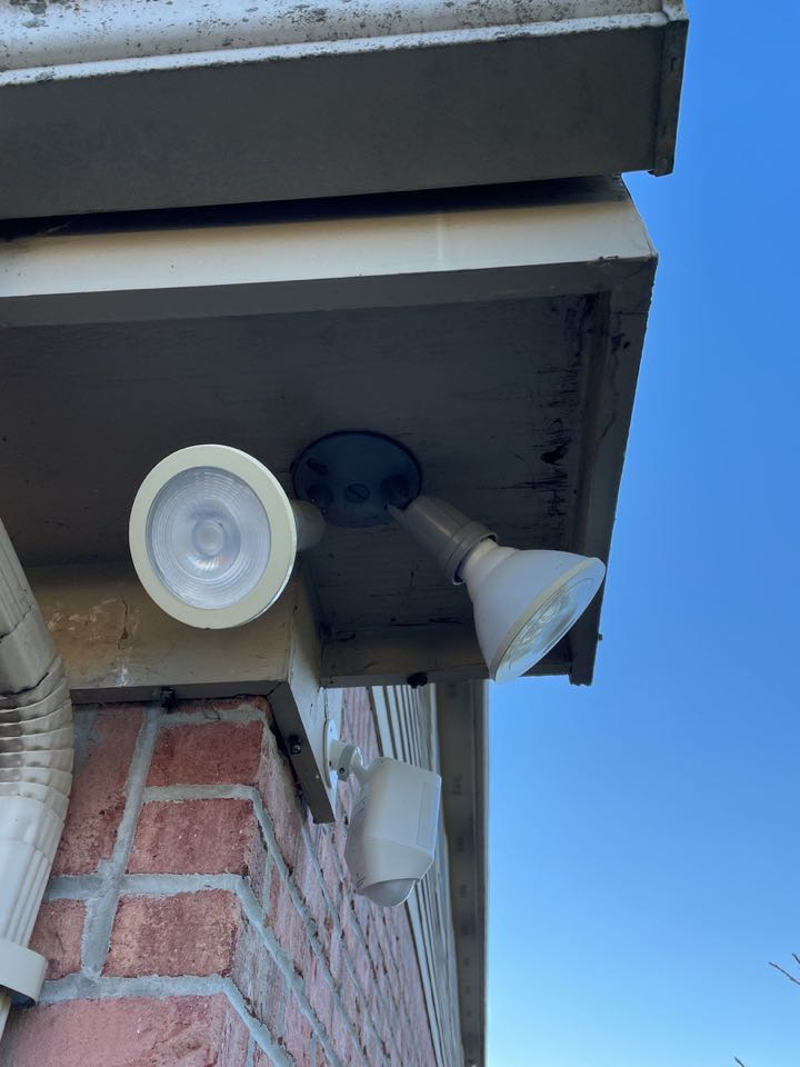Troy, OH - Free estimate to repair water-damaged soffits in Troy, Ohio.