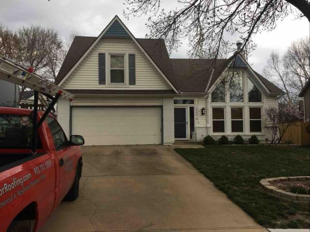 Shawnee, KS - New Roof, gutters and vinyl siding