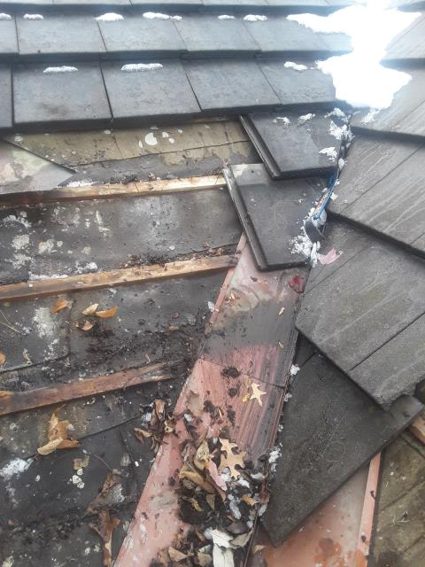 Leawood, KS - Leaking Tile roof repair.