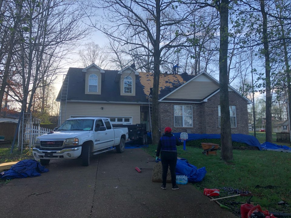 Brand new #OwensCorning Oakridge #roof going on today in #ChapelHill, paid for by insurance because of #StormDamage.   The #MusicCityRoofers team is working hard, and truly are #RoofersOnAMission, who #BuildWithPurpose, and #LiveToServe.