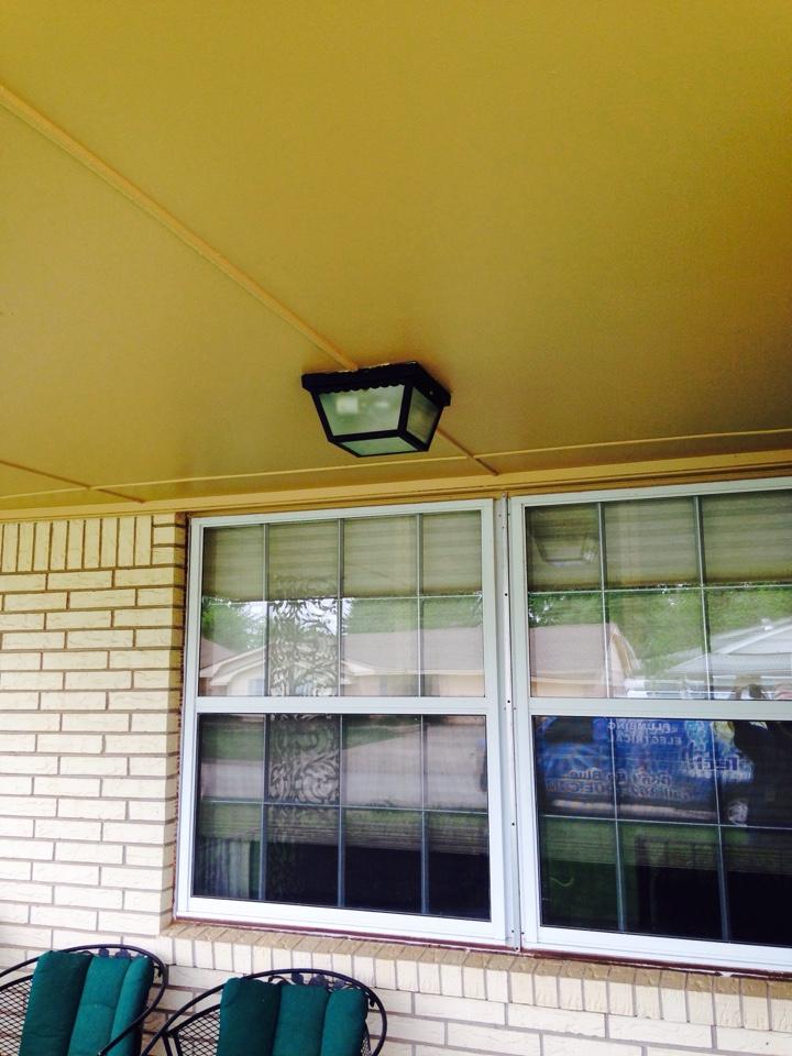 Bethany, OK - Remount porch lite. Hang fan