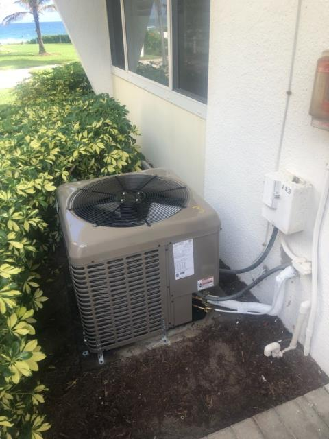Deerfield Beach, FL - Installed New York 2 Ton Air Conditioning System