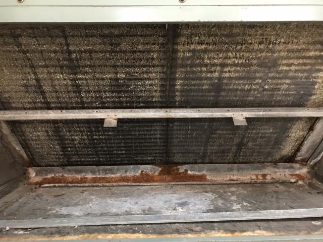 Hollywood, FL -   During routine commercial maintenance, we serviced 4 of their systems. We performed a full precision tune-up and discovered that the units are older and in need of extensive repairs. We recommend replacing these systems before a breakdown can happen.