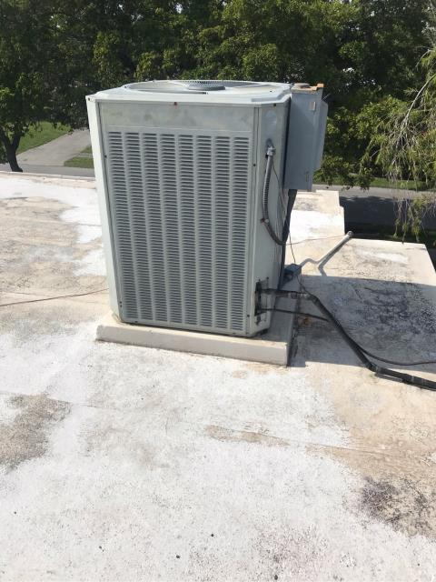 Hollywood, FL - We arrived to this facility to address a system not cooling. After careful review of the entire system we discovered that due to extensive repairs that this system will need to be replace.