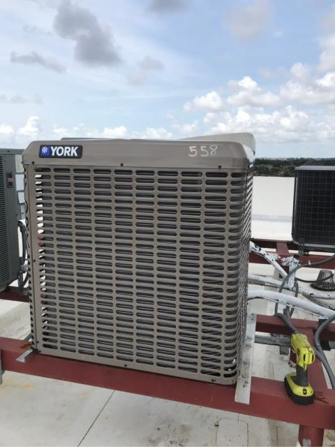 Deerfield Beach, FL - We arrived to perform our preventative maintenance on this system in Deerfield Beach. We performed a precision tune up as part of our Service Partner Plan.