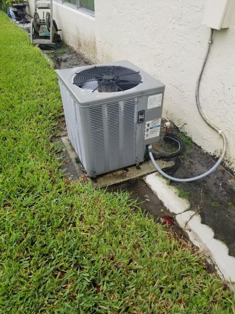Delray Beach, FL - This customer's AC system was leaking water and in need of AC repair. After our technician arrived to diagnose the problem, we realized that this old system was in need of major repair. Instead of suggesting repairs, we recommend replacement. Our Comfort Consultant has been sent out to provide options for replacement that fit this customer's home.