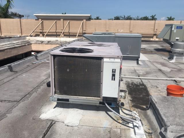 Margate, FL - This commercial customer Margate needed some AC repair on one of their systems. After we ran a full diagnostic on the system, our technician discovered that the coils needed to be rinsed. Although this will help, the system is from 2005 and we do not recommend AC repair at this time. AC Replacement is a much better and cost effective option for this customer.