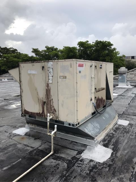 We arrived at Miami Lakes for this commercial customer's system not cooling properly. After our technician arrived onsite he discovered that the system was running with no internal issues, however there were other issues that needed to be addressed. The thermostat was programmed incorrectly, after it was reprogrammed and the system is cooling properly now. Other issues to report include dirty coils, the cabinet is rusted out and is recommended for replacement.