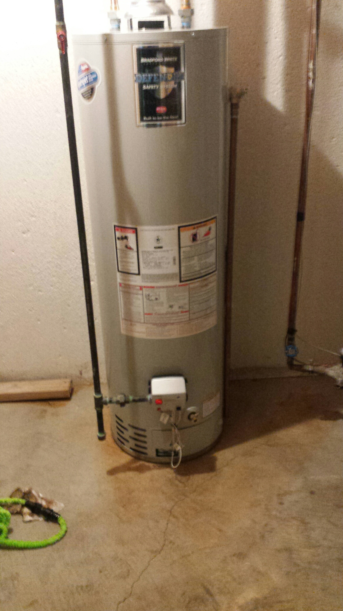Oak Park, MI - Bradford White water heater