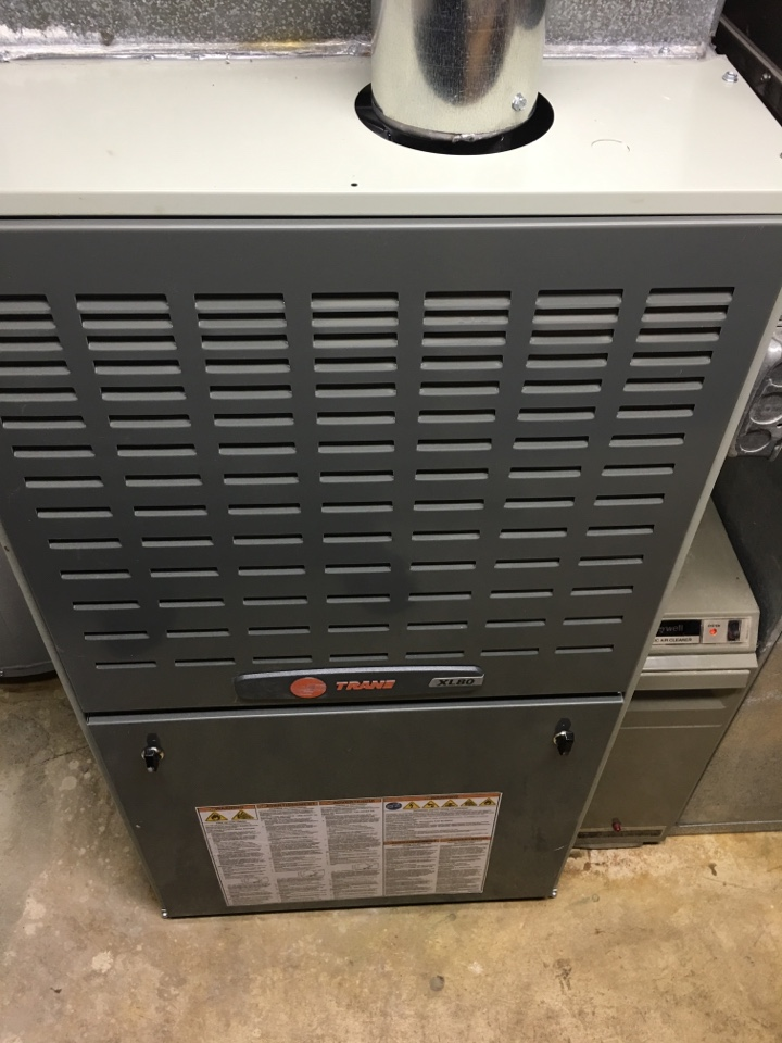 Morton Grove, IL - Installing a brand new Trane XL 2 stage furnace in Morton grove