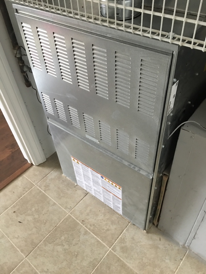 Northbrook, IL - No heat emergency call , working on American standard furnace