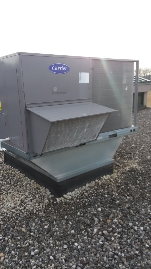 Hanover Park, IL - Service and repair carrier rooftop units