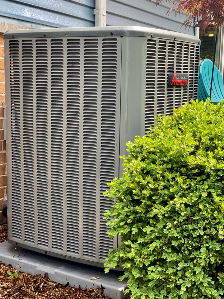 Elk Grove Village, IL - Air conditioning clean and check on an Amana unit.