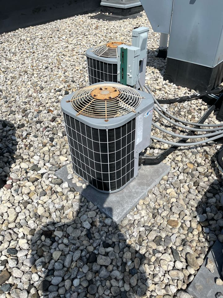 Service on a roof top unit