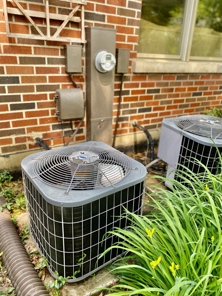 Arlington Heights, IL - Air conditioning clean and check on two Carrier units.