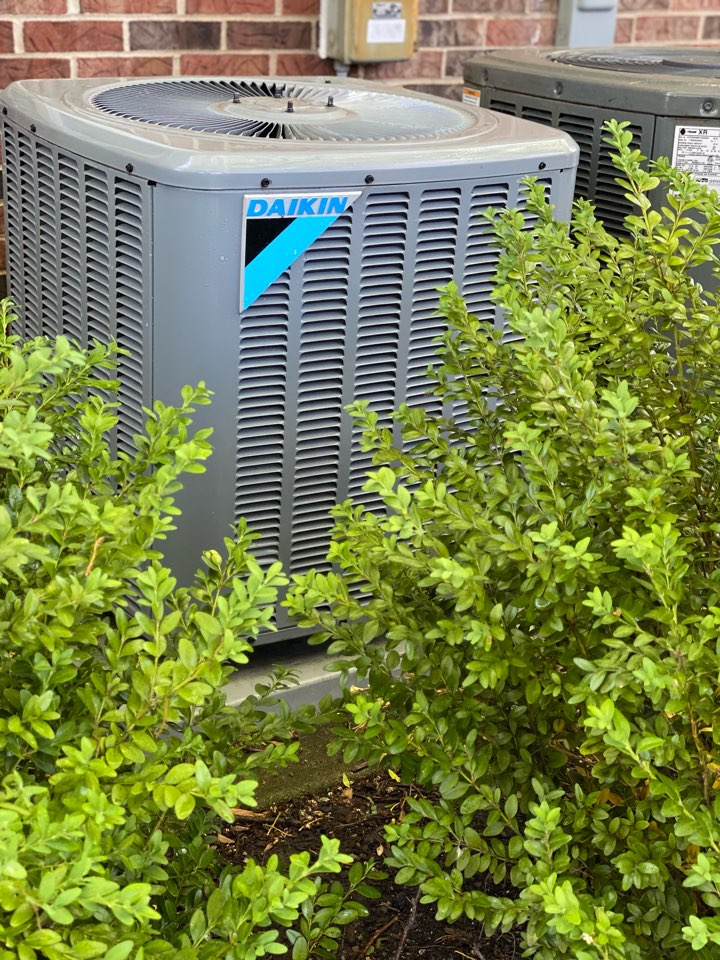 Schaumburg, IL - Air conditioning clean and check on a Daikin unit - all is perfect!