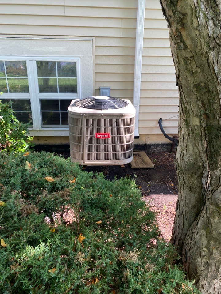 Air conditioning clean and check on a Bryant unit