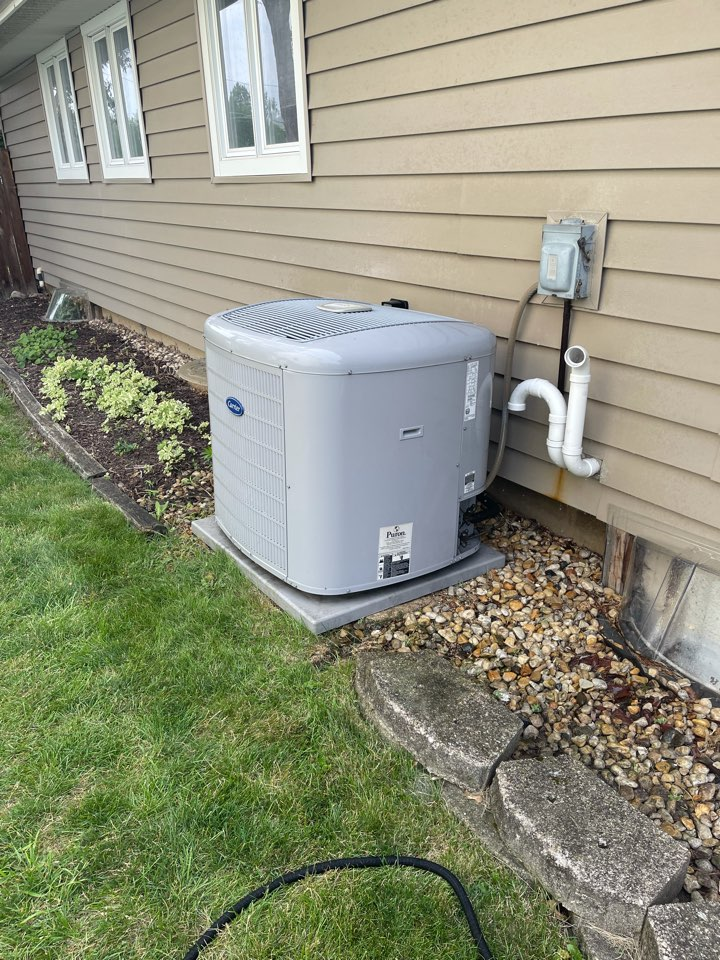 Streamwood, IL - AC cleaning