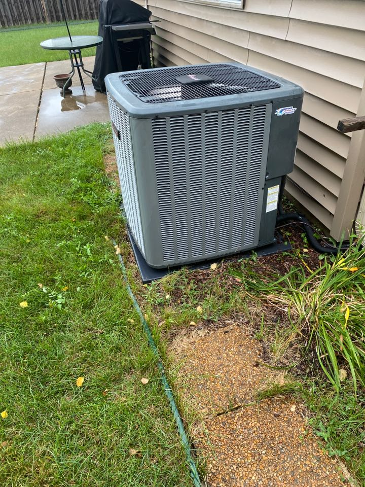 Hoffman Estates, IL - AC cleaning on an Amana