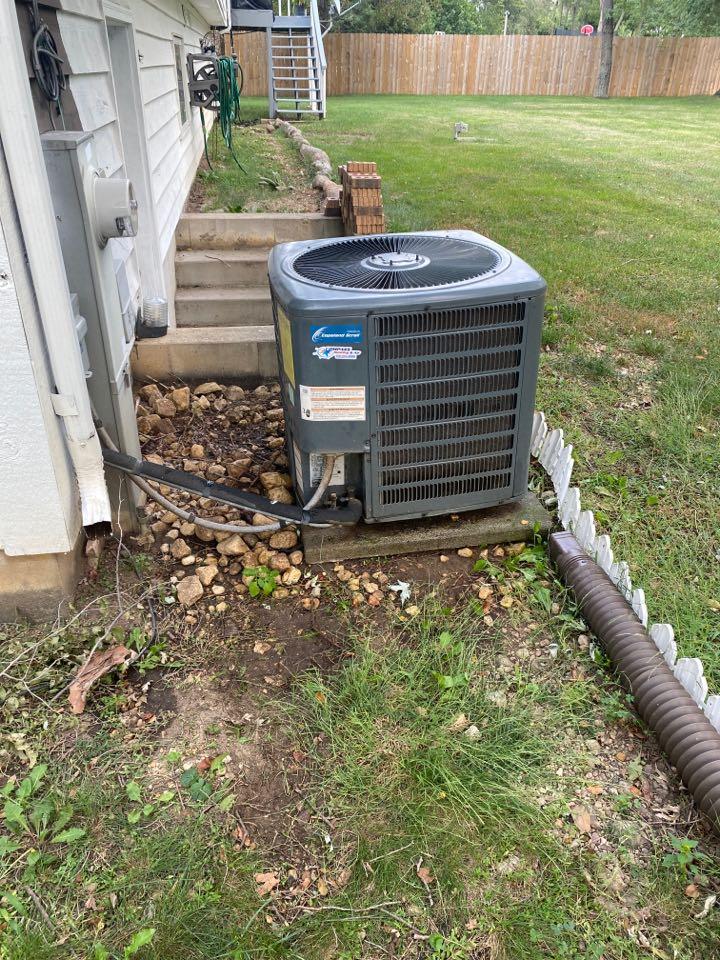 Wauconda, IL - Repair an AC