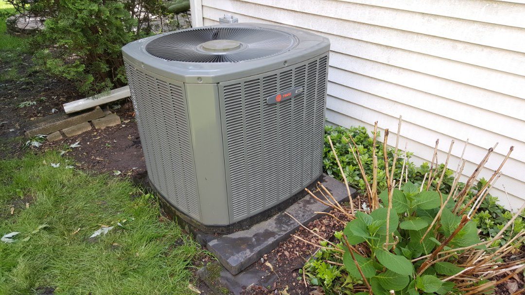 West Dundee, IL - No cooling emergency call in Roselke, IL. Repairing a Trane XR13 air conditioner with an open dual run capacitor.