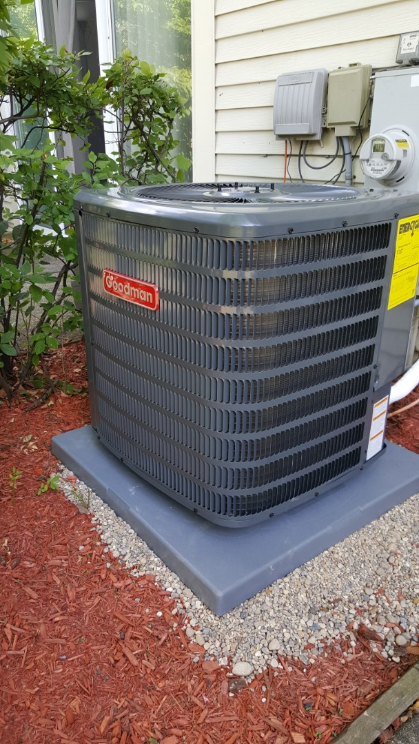 Glendale Heights, IL - Installing a Goodman air conditioner in Glendale Heights, IL 60139.
