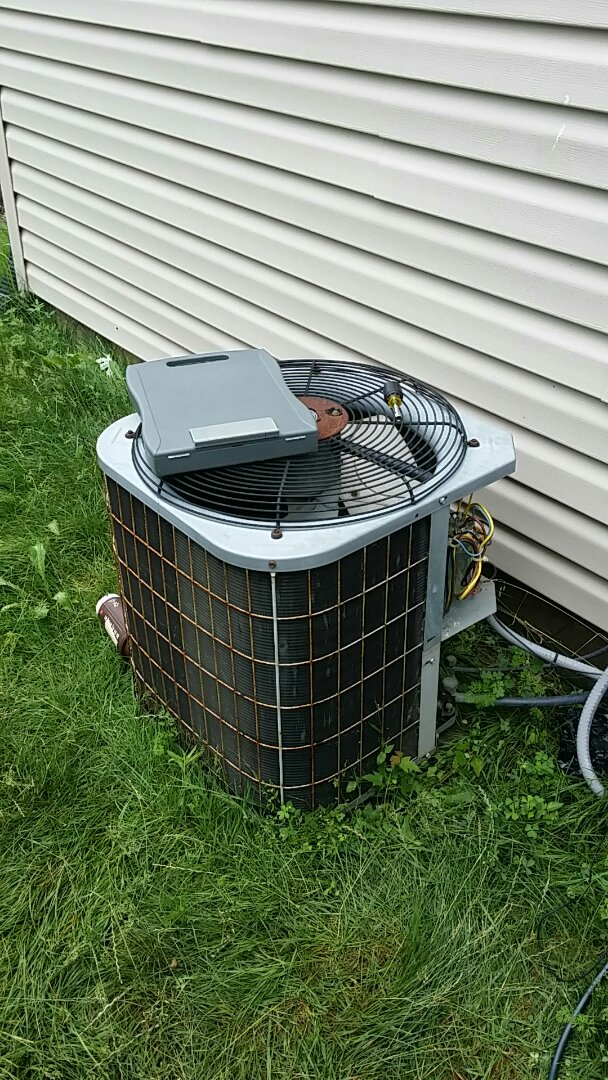 Carpentersville, IL - Service and repair Carrier Air Conditioner Carpentersville