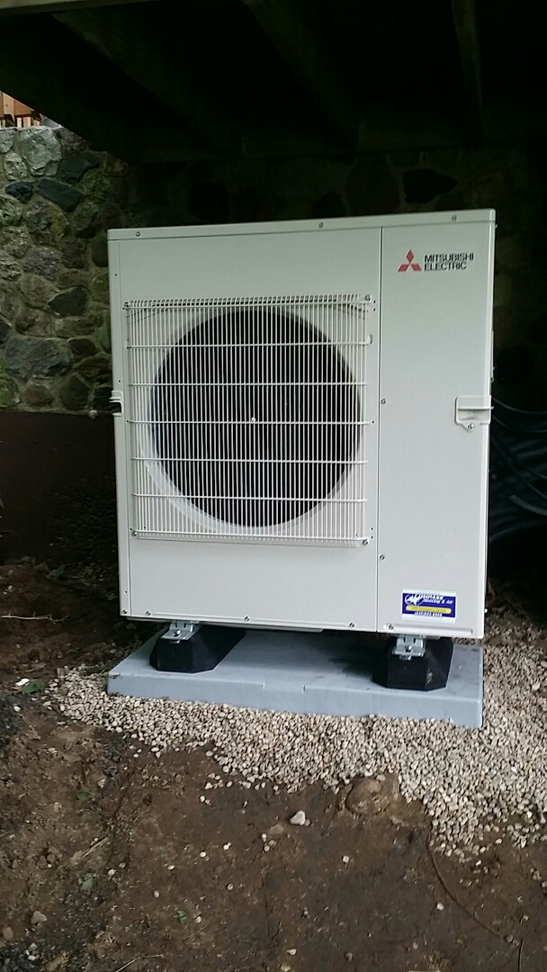 Algonquin, IL - Installing 5 zone Mitsubishi whole house heating and cooling system in Algonquin, IL